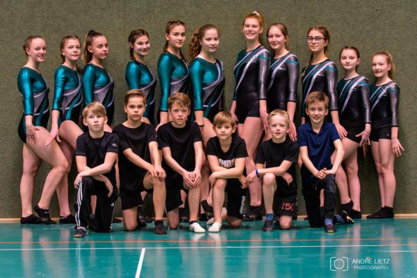 Mannschaft 1 und 2 der Mädchen, sowie die Jungenmannschaft